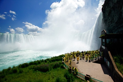 journey behind the falls at niagara falls