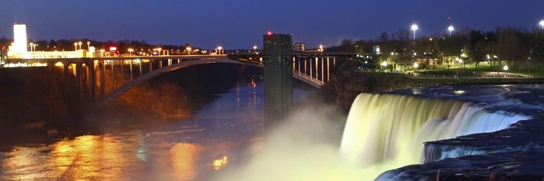 The Best Located Hotel In Niagara Falls